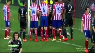 Lesión Petr Cech en el partido Atletico de Madrid - Chelsea