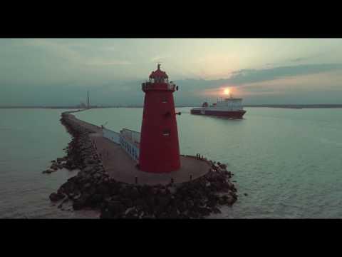 Spectacular 4K Poolbeg Lighthouse and Chimneys | Dublin City | DJI Phantom Drone