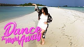 """TWICE """"Dance The Night Away"""" M/V DANCE COVER in MALDIVES!"""