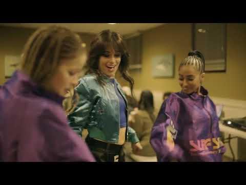 Camila Cabello en los HOT100FEST con Major Lazer