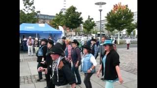 Line Dance Auftritt bei der Kieler Traditionssegler Regatta2013