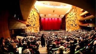 東日本大震災 Earthquake Scene of Tokyo JAPAN  東京 上野 東京文化会館