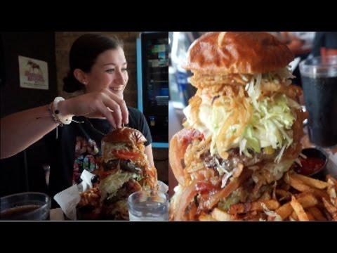 Rock's ROCKStar Burger Challenge! (4,520 calories)