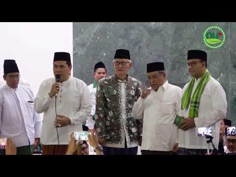 Ketum PBNU Berikan Buku Amaliyah NU Kepada Gubernur DKI