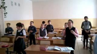 Физкультминутка на уроке английского 3