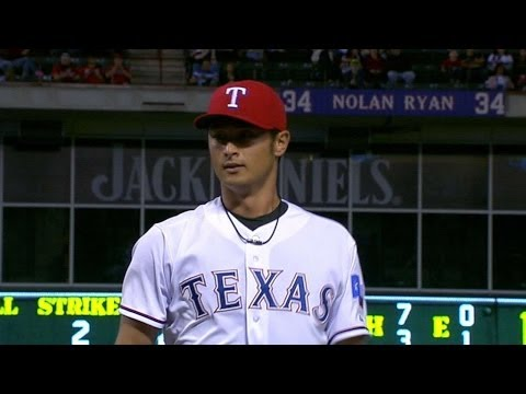 SEA@TEX: Darvish fans eight, holds Mariners to two