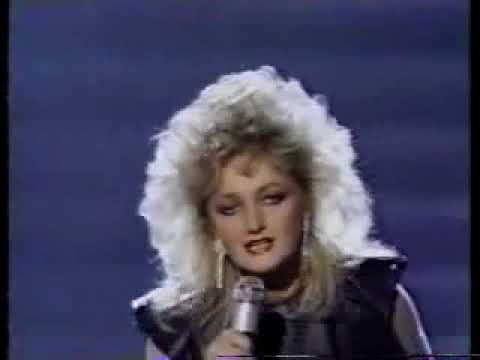 Bonnie Tyler Live Total Eclipse Of The Heart 1984 Grammy's