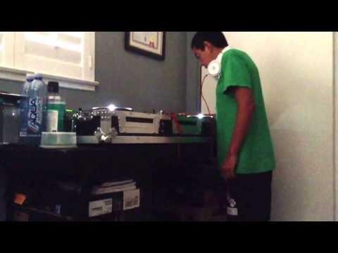 Jonny Beatz Mixing It Up