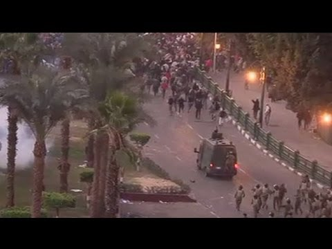 Egypt: Deadly pre-election clashes in Tahrir Square