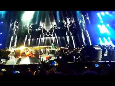 Guns N' Roses- Costa Rica 2016  Civil War