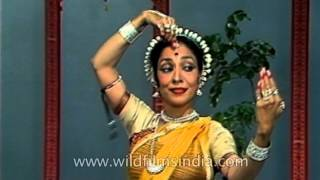 Indian classical dancer Madhavi Mudgal performs Battu Odissi dance form