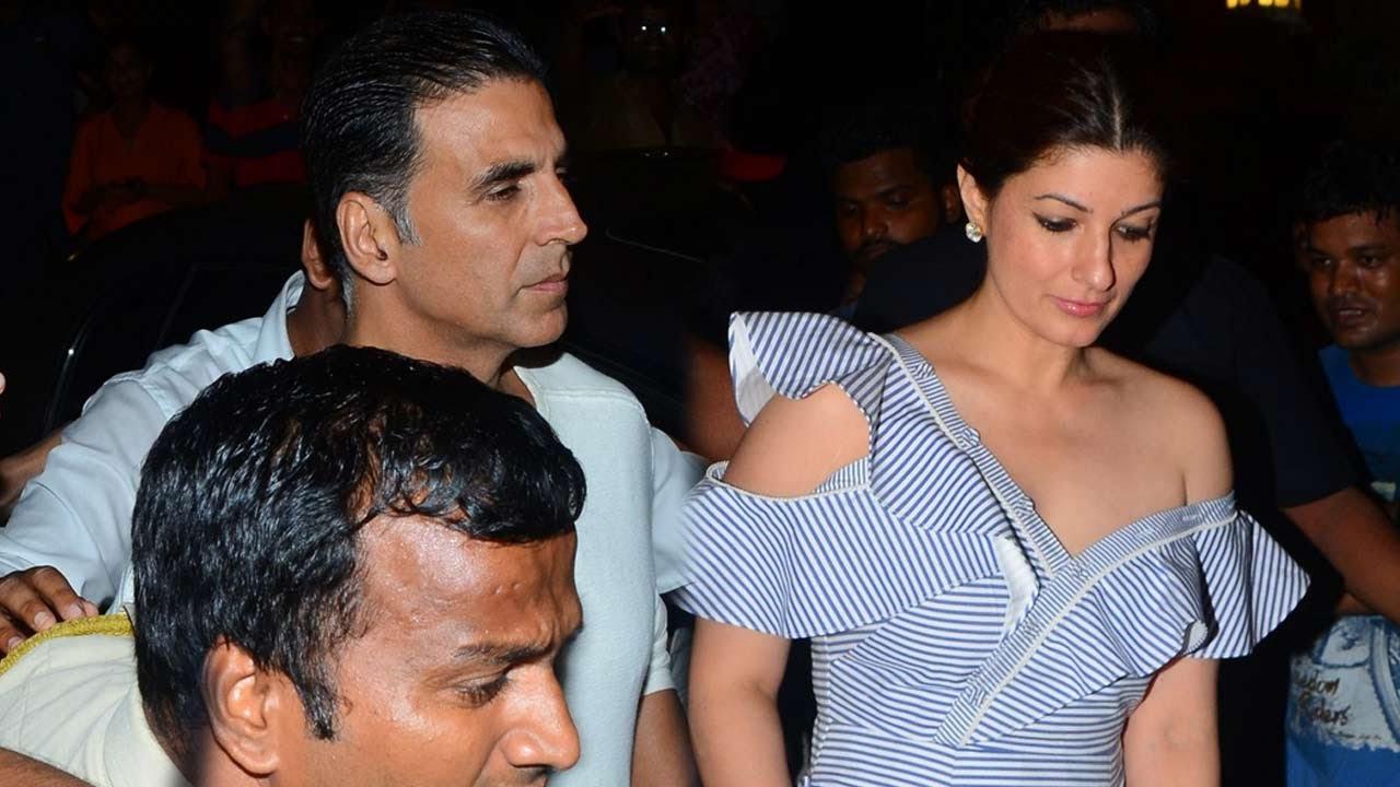 Akshay Kumar With Wife Twinkle Khanna At Karan Johar's ...