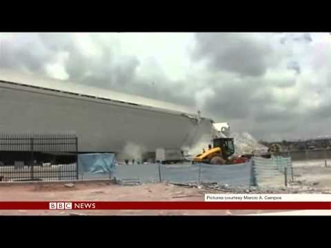 DRAMATIC FOOTAGE SHOWS BRAZIL CRANE COLLAPSE - BBC NEWS