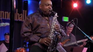 Gerald Albright live: Round Midnight