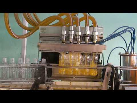Automatic liquid, oil, soda, juice bottle filling capping and sleeve shrinking machine