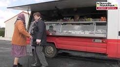 VIDEO. Champagné-Saint-Hilaire. En tournée avec le camion du boucher