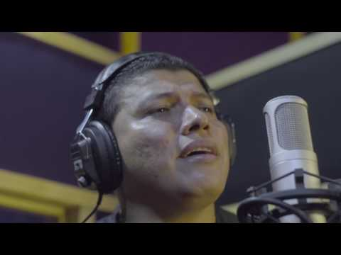 VLADIMIR ATENCIO -- AMOR BAJO PERFIL (official video)