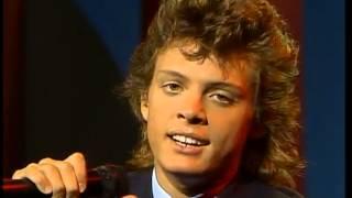 Luis Miguel - Soy como quiero ser - Sabado Gigante 1987