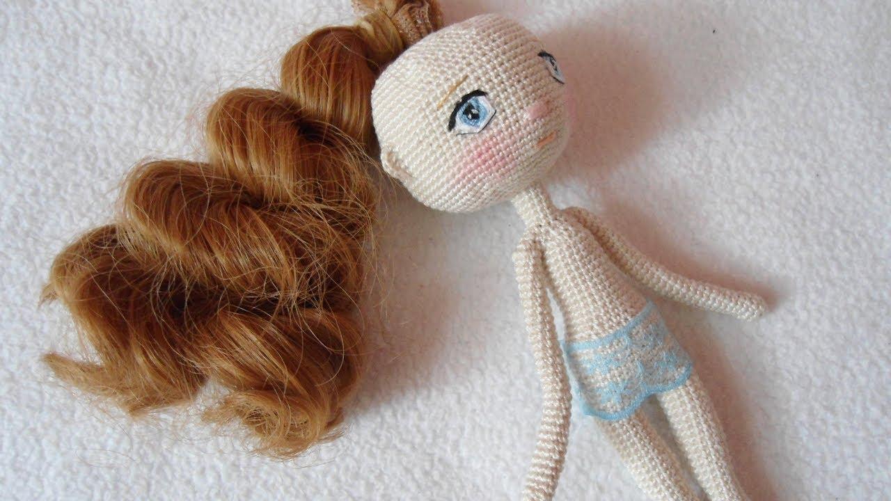 How to Attach Hair to a Crochet Doll - thefriendlyredfox.com | 720x1280