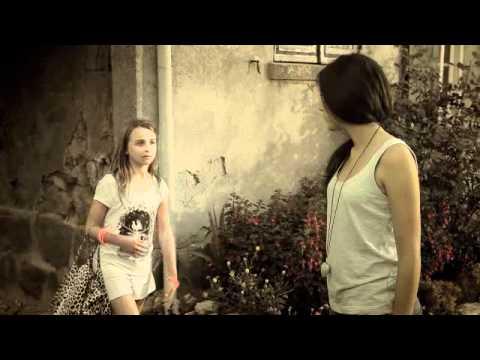 Sara - Clip : Avant d'avoir grandi