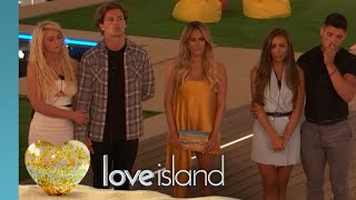 FIRST LOOK: Caroline Arrives for a Shock Dumping | Love Island 2019