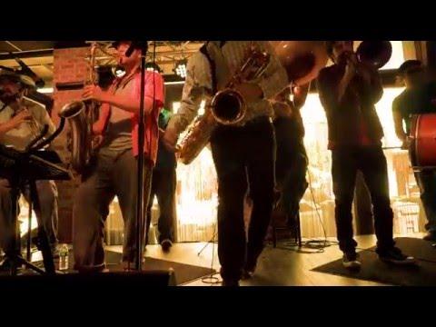 Shaggy~It Wasn't Me (Sunshine Brass Band cover)
