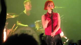 Paramore - In the Mourning (Live in Bremen 2013)