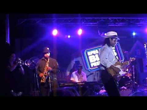 Efes Blues Festival 2010 - Kenny Neal (part one)