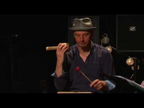 Midano Trio - Moliendo Cafe et El Cuarto de Tula