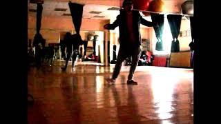 Постановщик танцев провожу уроки