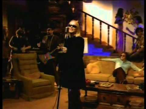 Cheap Trick  Out In The Street   That 70s Show