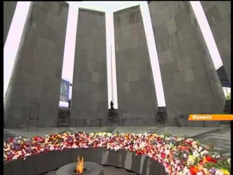 100 лет геноцида армян: море цветов и слез