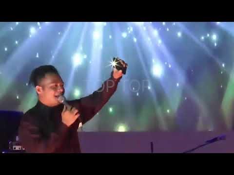Mario G Klau - Dala Barak Ona Live Performance Oecusse Timor Leste