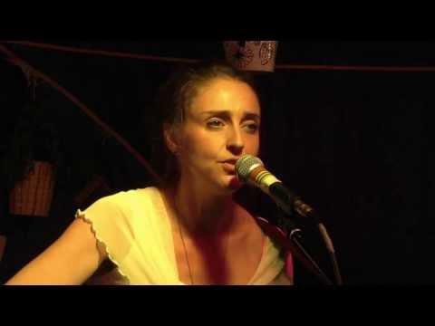 Iona Marshall   Iolaire Street   Live at Doune