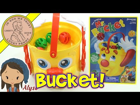 dad-&-daughter-play-mr-bucket-family-game---spinning-&-moving-bucket-fun!-pressman-games