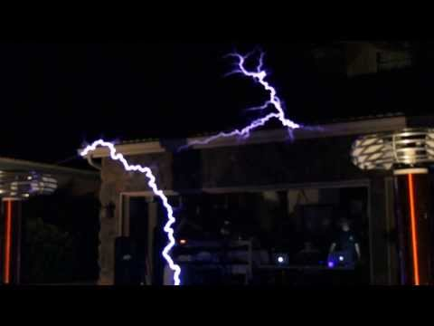 Ghosts n Stuff -by Deadmau5 musical Tesla Coil cover