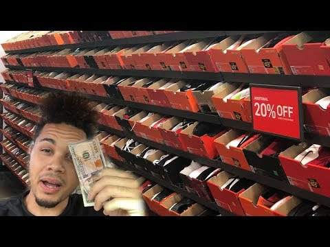 WHAT CAN $100 GET YOU AT THE NIKE STORE!!