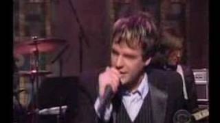 The Killers - Somebody Told Me (live-David letterman)