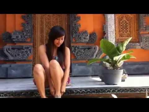 MUNYIN KULKUL- Dek Arya_ Purnama Dewi Cover CLip