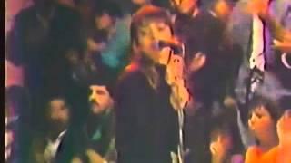 Charly García - Buscando un símbolo de paz (videoclip)