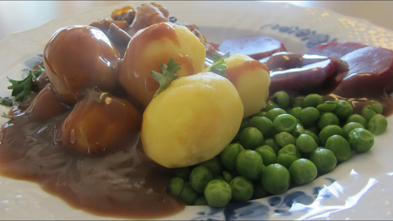 How to make danish brown gravy or brun sovs an easy delicious how to make danish brown gravy or brun sovs an easy delicious recipe youtube forumfinder Gallery