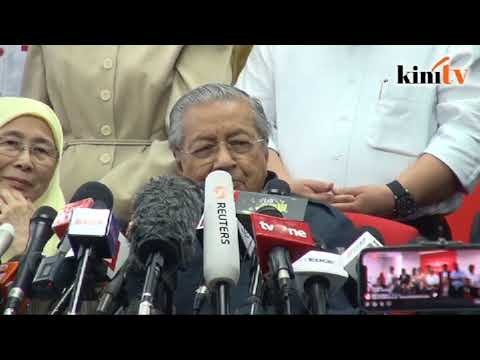 Dr Mahathir to take on education ministry, Wan Azizah for women affairs