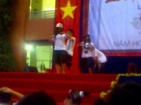 TRuong vinh ky-dance-2010-2011