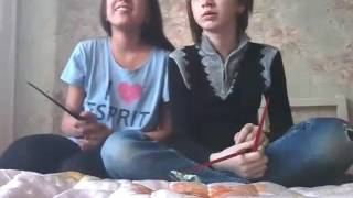 Как пользоваться корейскими палочками:D