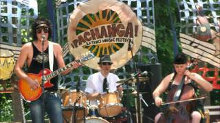 Brian Lopez - Leda Atomica - Live @ Pachanga 2010