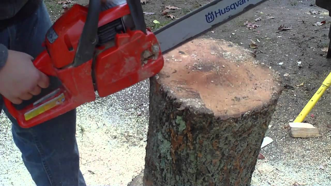 How To Make A Chair With A Chain Saw Youtube