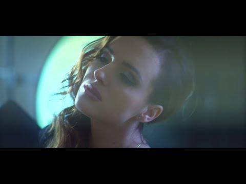Alexandra - Poplyniemy Daleko [Official Music Video]