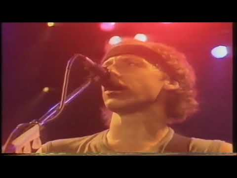 Walk of Life - Dire Straits (live at Wembley Arena, 1986)