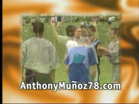 Anthony Munoz Football Camp