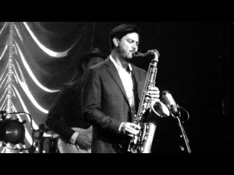 Leon Bridges - Lisa Sawyer - Live @ The Fonda Theatre 11-10-15 in HD